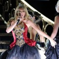 Taylor Swift performs 'I Knew You Were Trouble' at the 40th American Music Awards on November 18, 2012