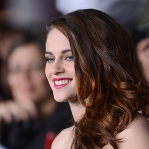 Kristen Stewart At The Breaking Dawn - Part II Premiere: 'I'm So Here Right Now!'