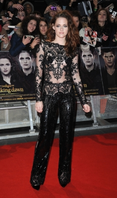 Kristen Stewart sports a lace pant suit at the UK Premiere of &#8216;The Twilight Saga: Breaking Dawn - Part 2&#8217; in London on November 14, 2012 