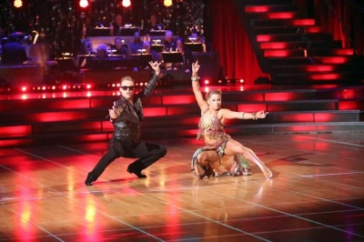 Shawn Johnson and Derek Hough perform on &#8216;Dancing with the Stars: All-Stars,&#8217; Nov. 19, 2012