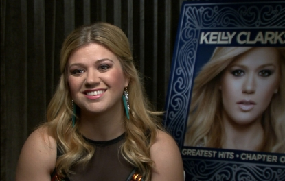 Kelly Clarkson chats with Access Hollywood, October 2012