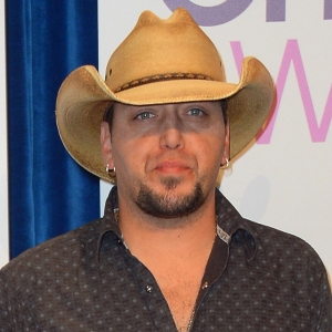What Are Jason Aldean's Plans For The 2012 Holiday Season?