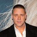 Russell Crowe attends the 'Les Miserables' New York premiere at Ziegfeld Theatre on December 10, 2012