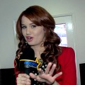 Debby Ryan Shows Off The Jessie Cast's Holiday Decorations