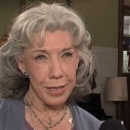 Lily Tomlin Talks Malibu Country & Shares Her Holiday Traditions