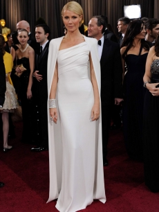 Gwyneth Paltrow arrives at the 84th Annual Academy Awards at the Hollywood & Highland Center February 26, 2012 in Hollywood