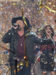 Tate Stevens performs after winning Season 2 of &#8216;The X Factor,&#8217; Dec. 20, 2012
