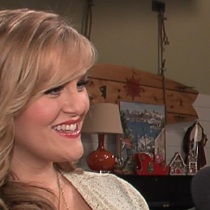 Sara Rue Dishes On Her Pregnancy