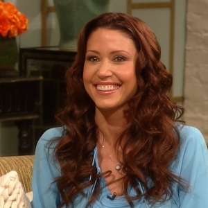 Shannon Elizabeth Talks Love For The Bachelor & What Her Guy 'Type' Is When Dating