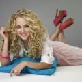 AnnaSophia Robb as Carrie Bradshaw in &#8216;The Carrie Diaries&#8217;