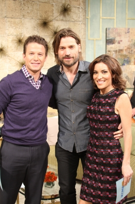 'Game of Thrones' and 'Mama' star Nikolaj Coster-Waldau poses with Billy Bush and Kit Hoover on Access Hollywood Live on January 17, 2013