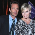 Luke Perry and Jennie Garth arrive to Hallmark Channel&#8217;s 2011 TCA Winter Tour Evening Gala on January 7, 2011 in Pasadena, Calif.
