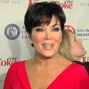 How Does Kris Jenner Handle All The Tabloid Rumors?