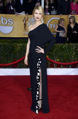 Claire Danes arrives at the 19th Annual Screen Actors Guild Awards held at The Shrine Auditorium on January 27, 2013 in Los Angeles (Photo by Getty Images) 