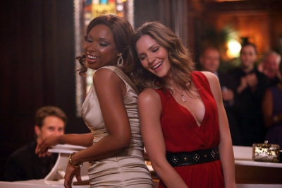 Jennifer Hudson as Veronica Moore and Katharine McPhee as Karen Cartwright duet to 'On Broadway' in 'Smash,' Episode 201, titled 'On Broadway'