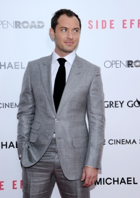 Jude Law attends the premiere of &#8216;Side Effects&#8217; hosted by Open Road with The Cinema Society and Michael Kors at AMC Lincoln Square Theater on January 31, 2013
