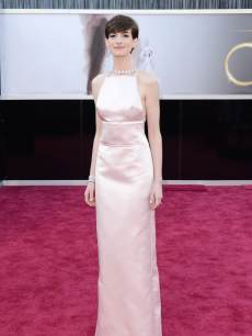 Anne Hathaway arrives at the Oscars at Hollywood &amp; Highland Center on February 24, 2013 in Hollywood, Calif.