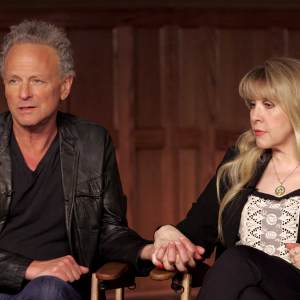 Lindsay Buckingham & Steve Nicks Talk Fleetwood Mac's Go Your Own Way - Anatomy Of A Song