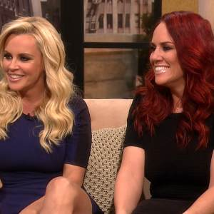 Jenny McCarthy &amp; Sister JoJo Talk Dating &amp; Josh Groban Leaving The Set Of Jenny&#8217;s New Show