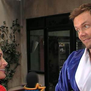 Joel McHale 'Very Excited' & 'Happy' For Community Season 4