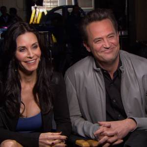 Matthew Perry &amp; Courteney Cox Talk Reuniting On NBC&#8217;s Go On