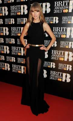 Taylor Swift arrives at the BRIT Awards 2013 at the O2 Arena on February 20, 2013