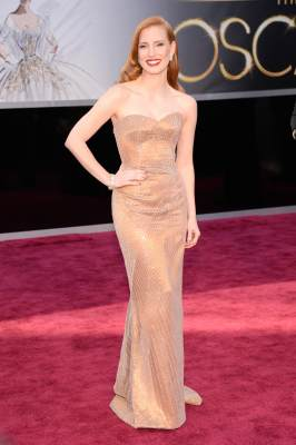 Jessica Chastain stuns in a gorgeous custom Armani gown at the 2013 Oscars
