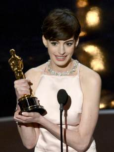 Anne Hathaway accepts the Best Supporting Actress award for 'Les Miserables' onstage during the Oscars held at the Dolby Theatre in Hollywood on February 24, 2013