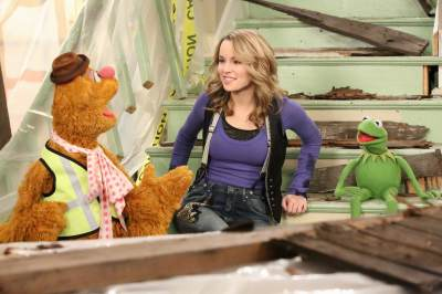 Fozzy, Bridgit Mendler and Kermit the Frog are seen in &#8216;Good Luck Charlie&#8217;s &#8216;Duncan Dream House&#8217; episode