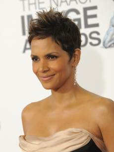 Halle Berry NAACP 2013