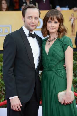 Vincent Kartheiser and Alexis Bledel arrive at the 19th Annual Screen Actors Guild Awards held at The Shrine Auditorium on January 27, 2013 in Los Angeles