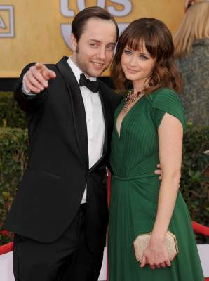 Vincent Kartheiser and Alexis Bledel played ill-fated lovers on &#8216;Mad Men&#8217; before getting engaged in real life in March 2013