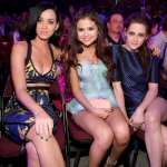 Katy Perry - Selena Gomez - Kristen Stewart KCA 2013
