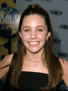 Amanda Bynes seen in 1999