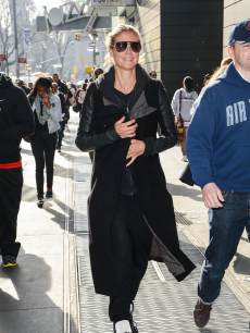 Heidi Klum walks in Midtown Manhattan on April 9, 2013 in New York City