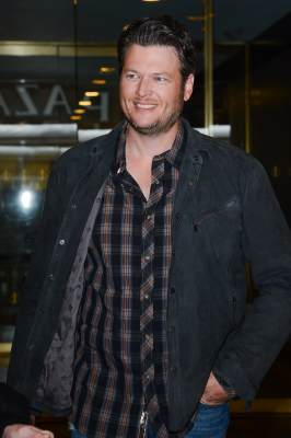 Blake Shelton leaves the 'Today Show' at the NBC Rocafeller Center Studios on March 26, 2013 in New York City