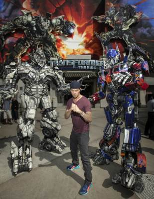 'Transformers' star Josh Duhamel poses outside the Universal Studios Transformers ride, Universal City, April 11, 2013