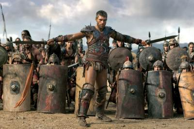Liam McIntyre as Spartacus in the final episode of 'Spartacus: War of the Damned'