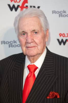 Sportscaster Pat Summerall attends the 2011 WFUV 90.7 FM Spring Gala at Three Sixty, NYC, on May 2, 2011