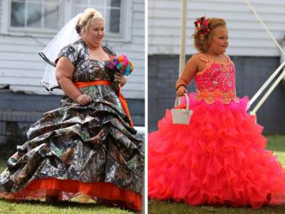 &#8216;Honey Boo Boo&#8217;s&#8217; Mama June and Alana Thompson seen on May 5, 2013 