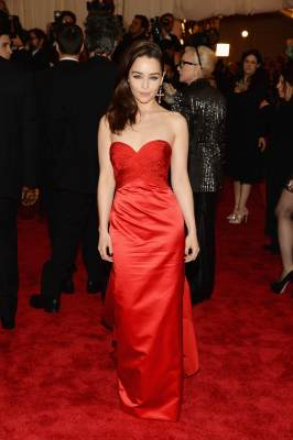  Emilia Clarke attends the Costume Institute Gala for the &#8216;PUNK: Chaos to Couture&#8217; exhibition at the Metropolitan Museum of Art on May 6, 2013