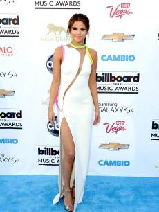 Selena Gomez arrives at the 2013 Billboard Music Awards at the MGM Grand Garden Arena on May 19, 2013 in Las Vegas