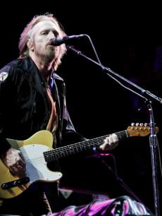 Tom Petty of Tom Petty & the Heartbreakers performs during the 2013 Hangout Music Festival on May 18, 2013 in Gulf Shores, Alabama