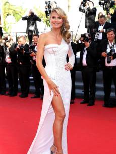 Heidi Klum shows off some leg at the premiere of 'Nebraska' during the 66th Annual Cannes Film Festival at The Palais des Festivals on May 23, 2013 in Cannes, France