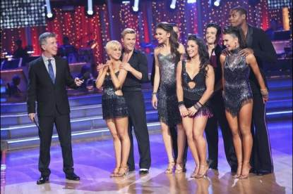 The four couples get ready to compete in the cha cha cha round on the 'Dancing' finals, May 20, 2013