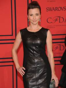 Linda Cardellini attends 2013 CFDA Fashion Awards at Lincoln Center in NYC on June 3, 2013