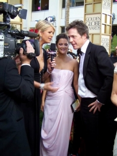 Hugh and Drew Barrymore at the '07 Golden Globes