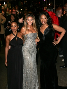 Knowles, Beyonce - Jennifer Hudson - Anika Noni Rose LONDON 1 21 ?07 AP 1
