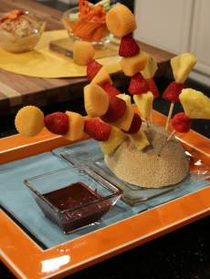 Lisa Oz's Fruit Kabobs