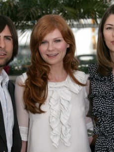 Kirsten Dunst, Sofia Coppola, & Jason Schwartzman pose in Cannes